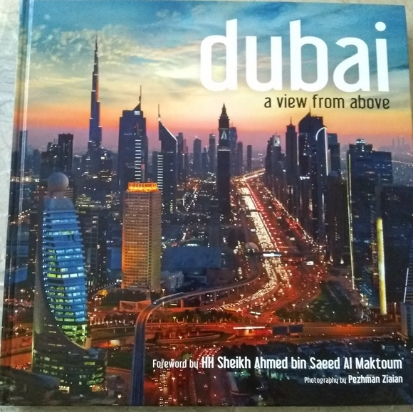 Other - Beautiful Coffee Table About Dubai